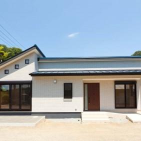 中井町藤沢の家